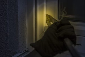 Einbruchschutz - So sichern Senioren die Wohnung vor Einbrechern